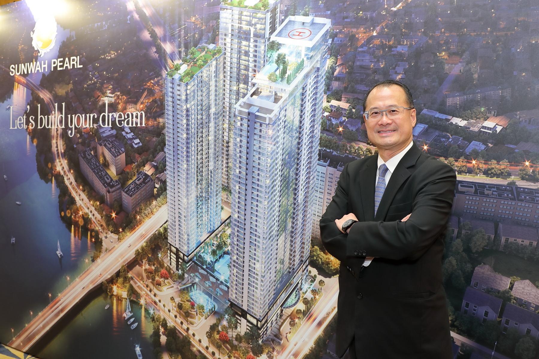 Dr Jonathan Choi officiated the Sunwah Pearl Project Launch in Hong Kong